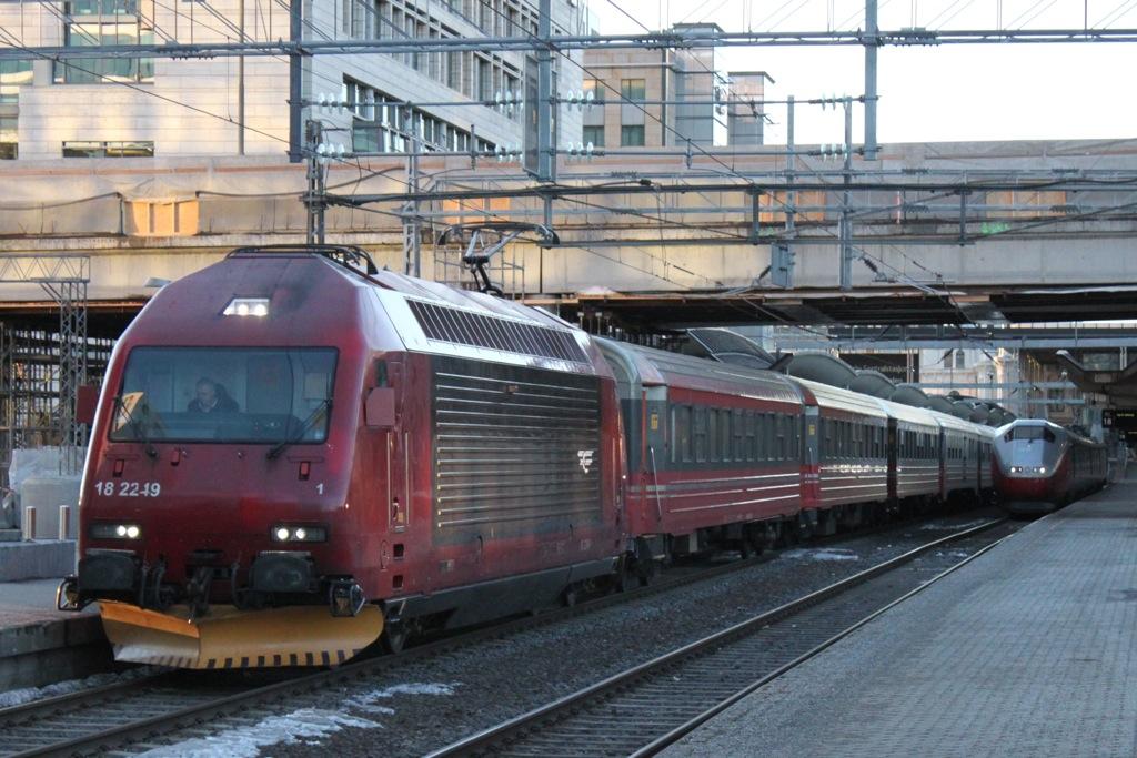 http://www.tram-und-bahnbilder.de/data/media/1169/IMG_8835.jpg