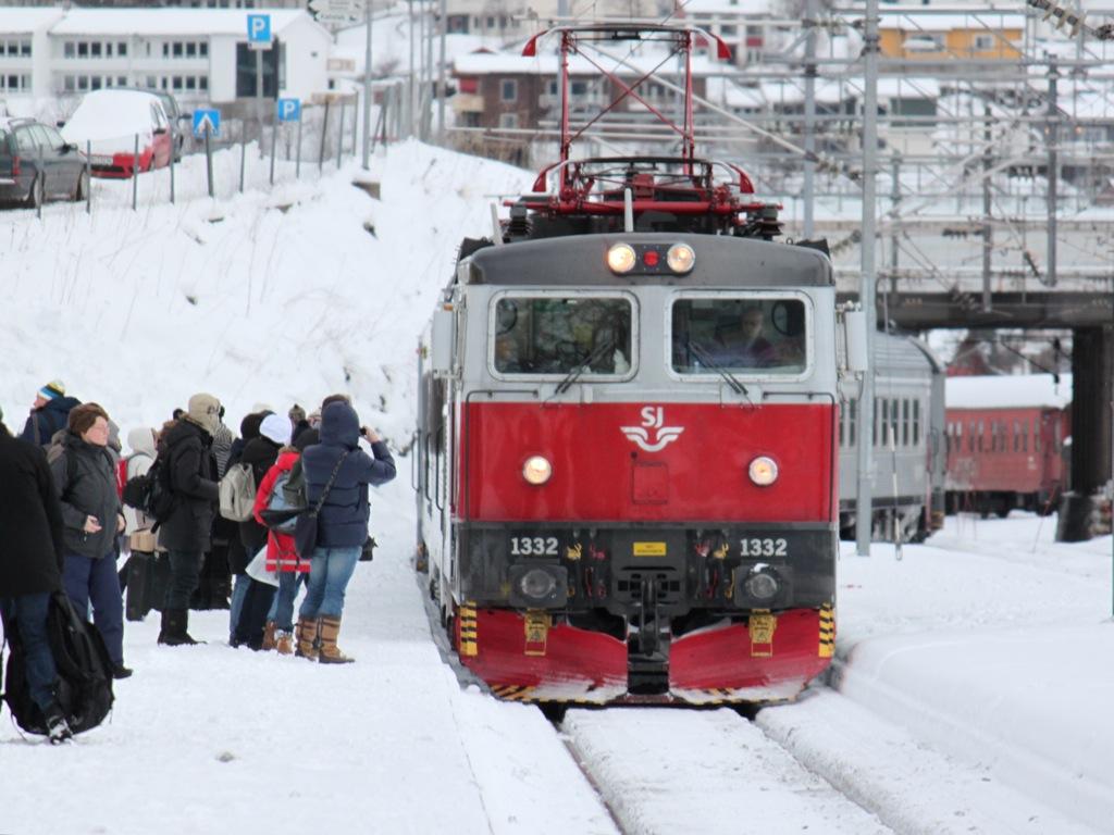 http://www.tram-und-bahnbilder.de/data/media/1169/IMG_9229.jpg