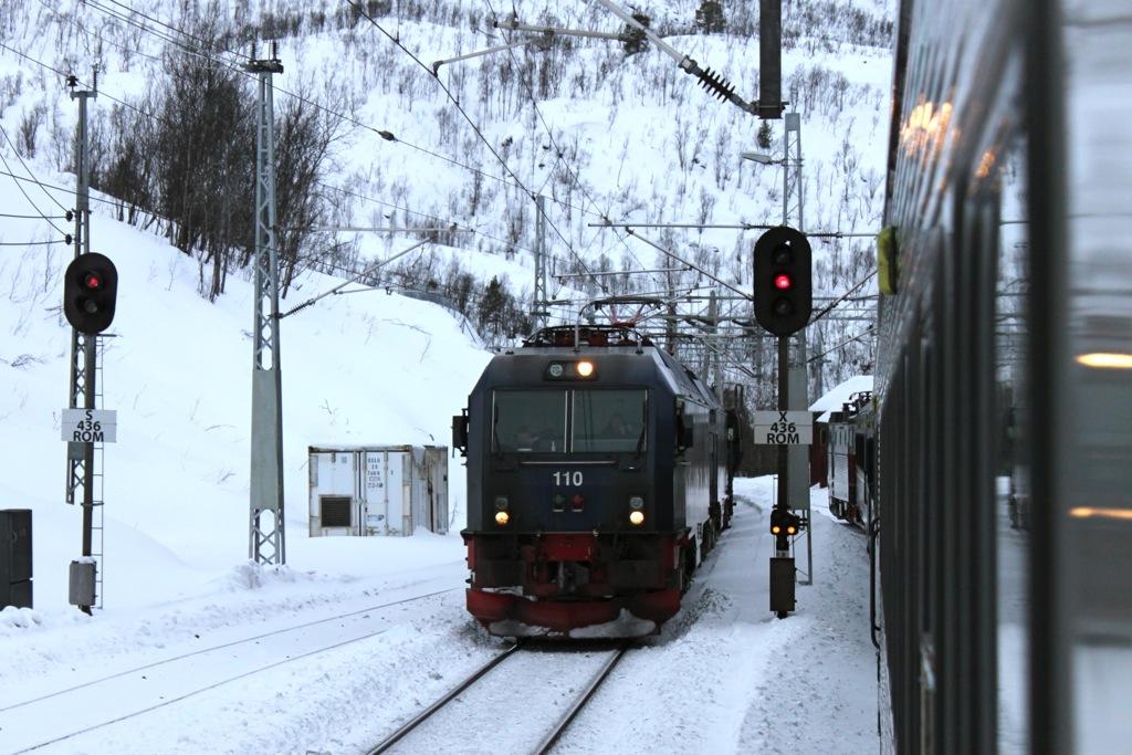 http://www.tram-und-bahnbilder.de/data/media/1169/IMG_9668.jpg