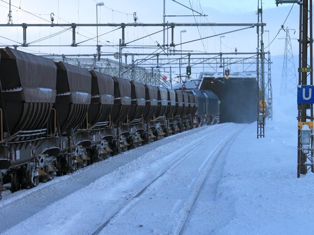 http://www.tram-und-bahnbilder.de/data/media/1173/IMG_9351.jpg