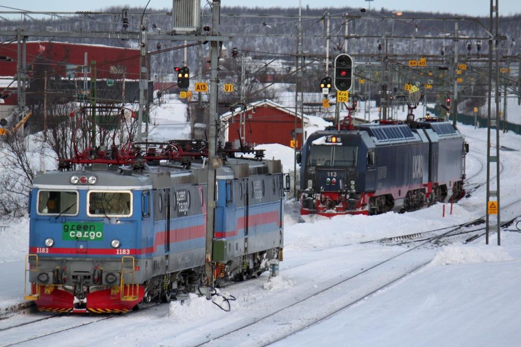 http://www.tram-und-bahnbilder.de/data/media/1173/IMG_9577.jpg