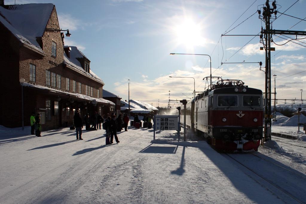 http://www.tram-und-bahnbilder.de/data/media/1434/IMG_9589.jpg