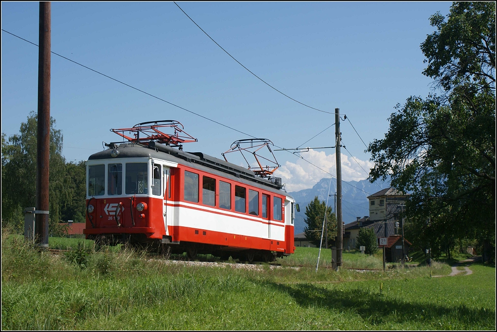 http://www.tram-und-bahnbilder.de/data/media/1745/VA_26109.20110818.DSC02757.jpg