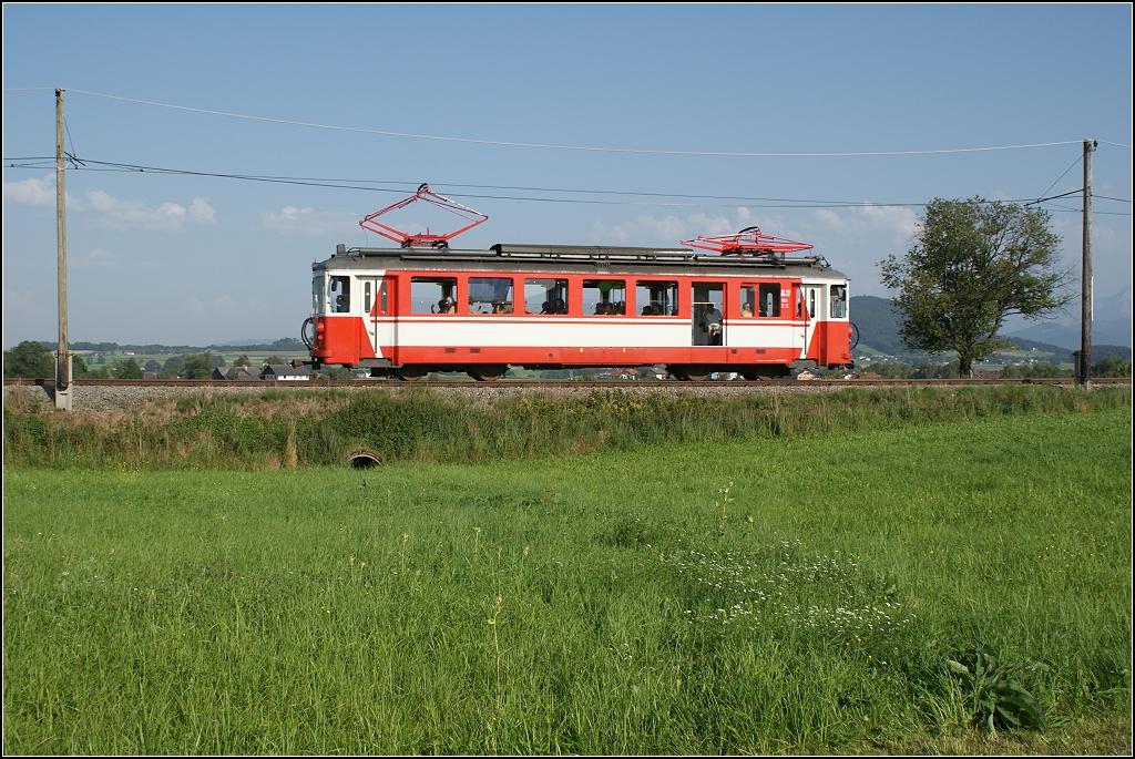 http://www.tram-und-bahnbilder.de/data/media/1745/va_26110.20110823.dsc02792.jpg